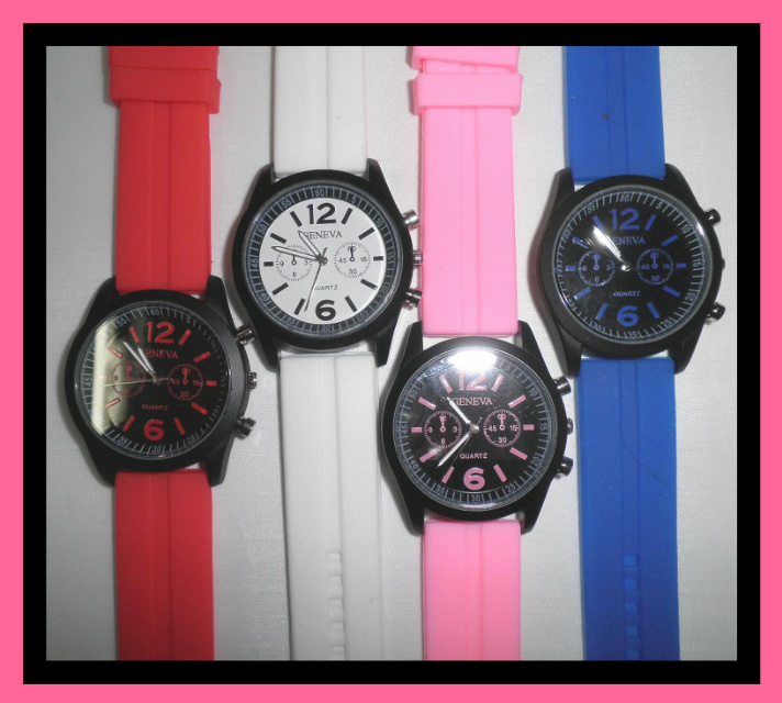 Sports Watch with Contrasting Band – F18 Image
