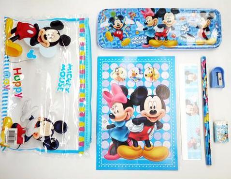 Mickey 7 piece set Image